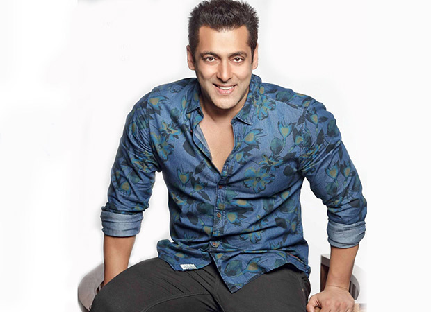 Salman Khan takes off to Kashmir for Race 3, meets J&K Chief Minister for a chat