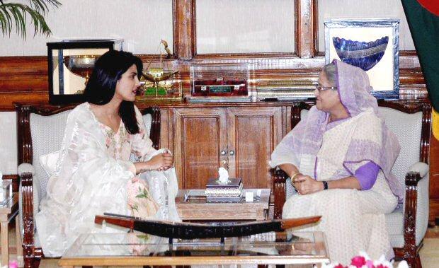 After spending time with Rohingya refugees, Priyanka Chopra meets Bangladesh PM Sheikh Hasina