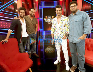 Cast of the film 3 Dev shoot for WWE Sunday Dhamaal with Salil Acharya