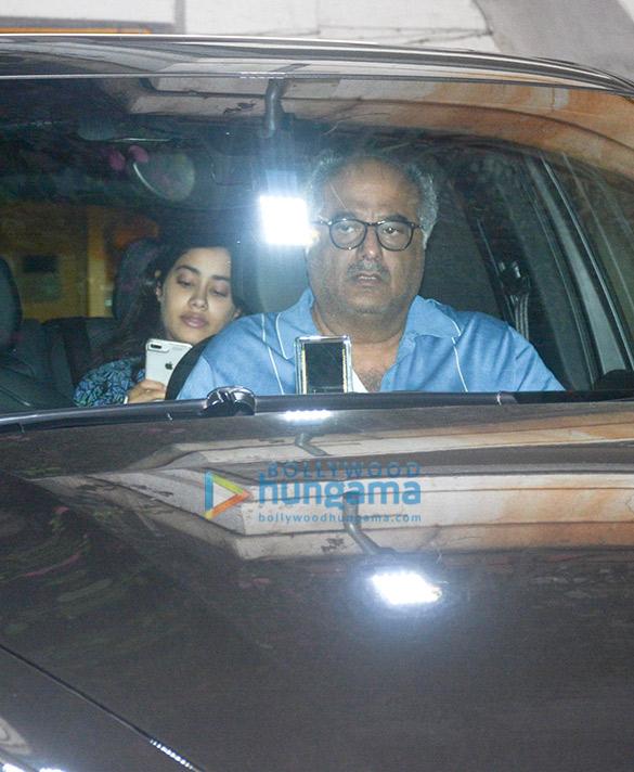 Janhvi Kapoor, Boney Kapoor spotted at Arjun Kapoor's residence in Juhu