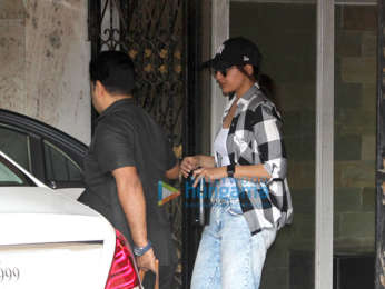 Sonakshi Sinha spotted outside her gym