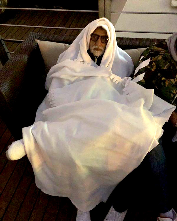 Amitabh Bachchan compares himself to ET in this hilarious post (see pic)