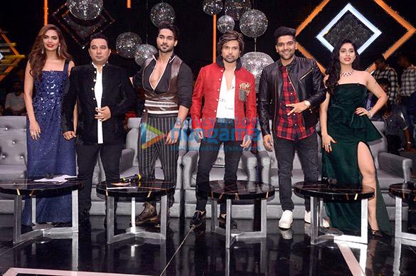 Esha Gupta, Himesh Reshammiya, Ahmed Khan and others snapped on sets of High Fever Dance Ka Tevar