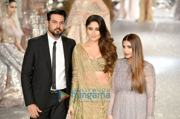 Kareena Kapoor Khan for Falguni and Shane Peacock at India Couture Week 2018 (2)