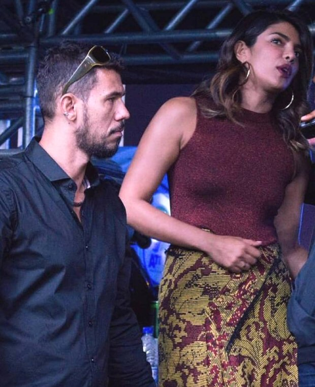 Priyanka Chopra gives a sweet shoutout to rumoured beau Nick Jonas during his Villamix performance in Brazil