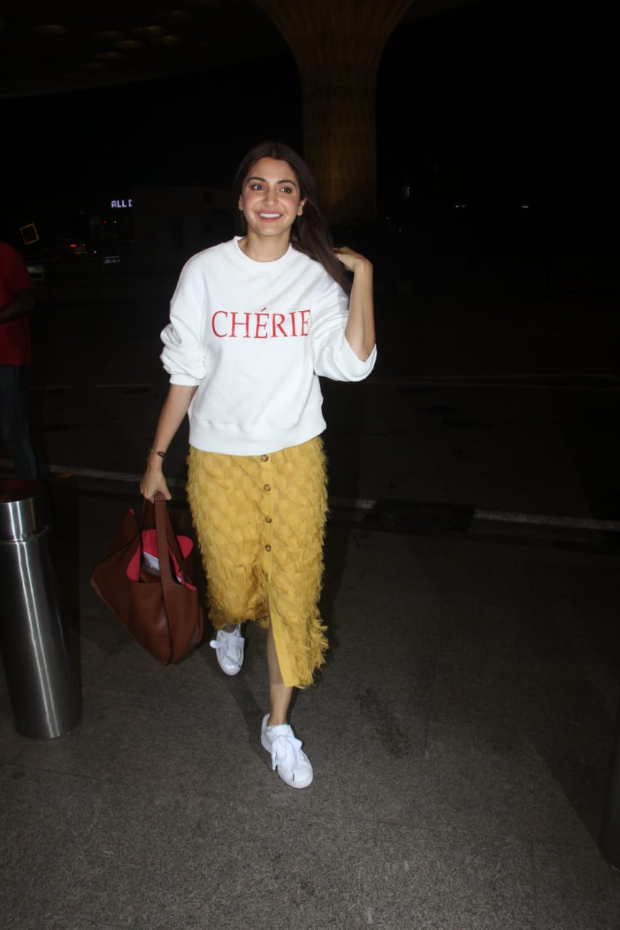 Here's why Anushka Sharma is flying to London in the midst of Sui Dhaaga promotions