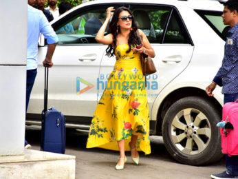 Salman Khan, Aayush Sharma, Warina Hussain and others snapped at the Kalina airport