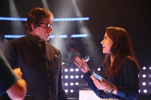 Whoa! Amitabh Bachchan reunites with K3G costar Kajol for Helicopter Eela