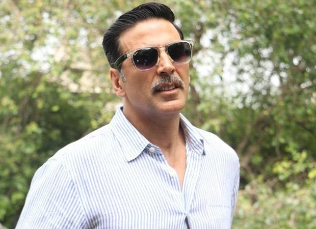Akshay Kumar donates Rs. 5 lakhs to acid attack survivor Laxmi Agarwal