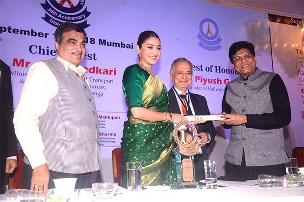Anushka Sharma feels really special and honoured to receive Smita Patil Memorial award