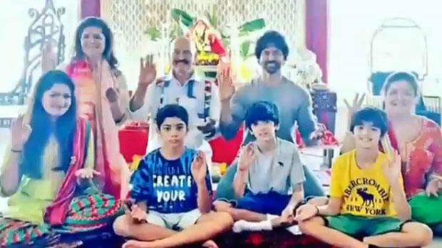 Check Out: Hrithik Roshan celebrates Ganesh Chaturthi with family