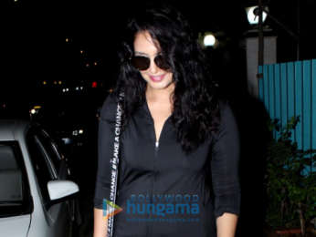 Huma Qureshi, Iulia Vantur and others spotted in Bandra