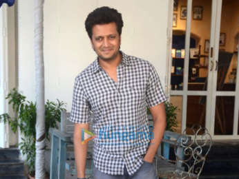 Riteish Deshmukh snapped in Bandra