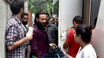 Saif Ali Khan and Rohan Mehra shooting for their flim 'Baazaar' in Bandra