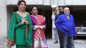 J.P. Dutta & Family welcomes Ganpati Bappa