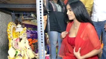 Poonam Pandey and Arjun Bijlani Visit Ganpati Pandal For Ganpati Bappa