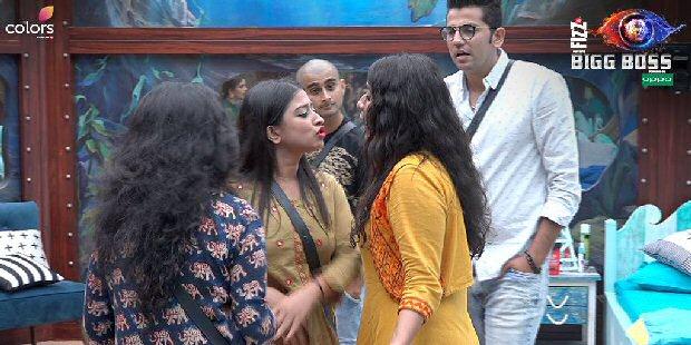 Bigg Boss 12 October 4 highlights Surbhi Rana ABUSES & threatens to slap Somi Khan