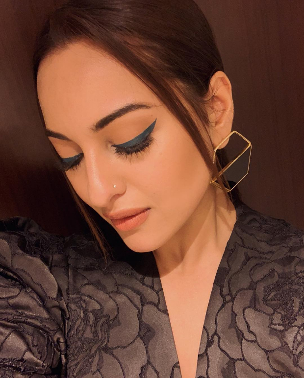 Sonakshi Sinha in Romy Collection (3)