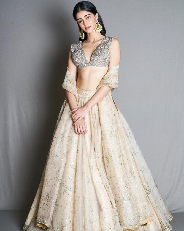 Ananya Panday in Sabyasachi for Diwali 2018 bash (2)