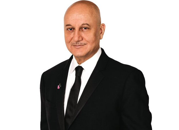"Anupam Kher to be honoured with the prestigious ""Distinguished Fellow"" award at MIT, Boston!"