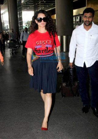 Kangana Ranaut, Maniesh Paul and others snapped at the airport