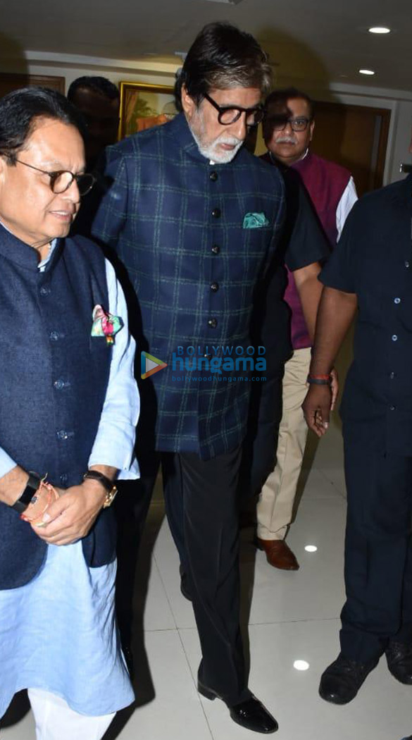 Amitabh Bachchan, Boney Kapoor and others snapped at Kokilaben Ambani Hospital for an event (6)