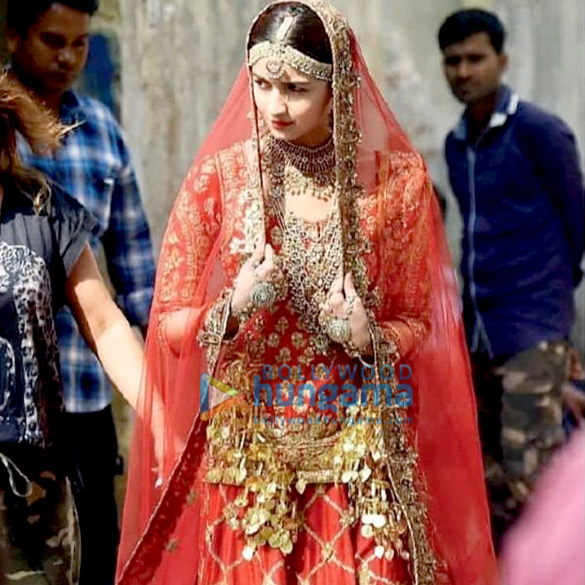 Kalank: Alia Bhatt Dolls Up To Be The Perfect Punjabi Bride (see Leaked Pic)
