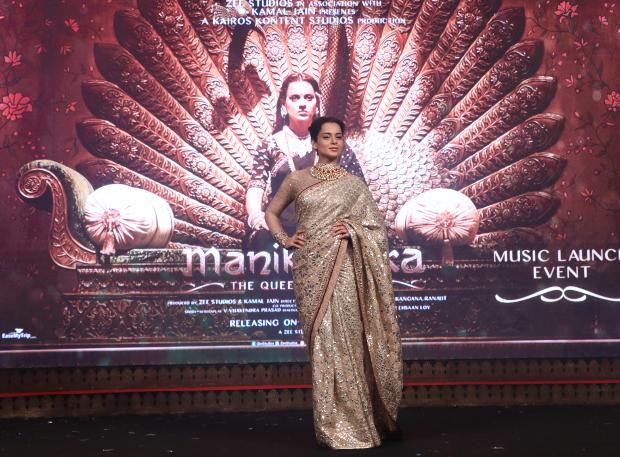 Kangana Ranaut in Tarun Tahiliani for Manikarnika music launch (6)