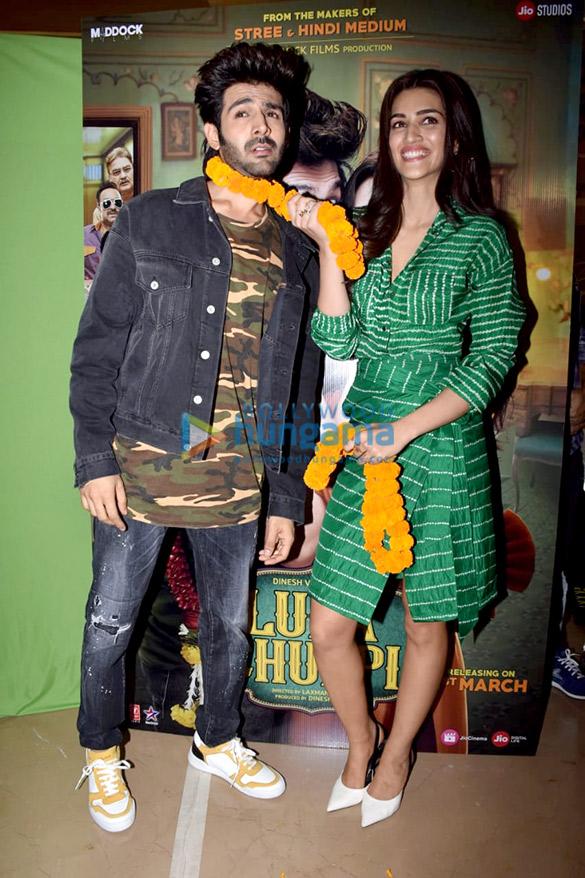 Kartik Aaryan, Kriti Sanon, Pankaj Tripathi and others grace the trailer launch of 'Luka Chuppi' (2)