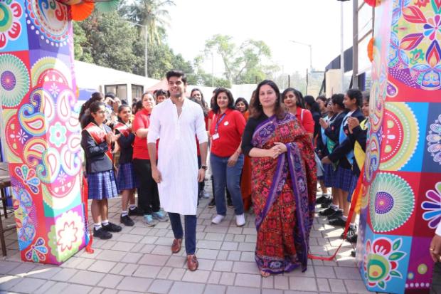 Mard Ko Dard Nahi Hota debutante Abhimanyu Dassani goes back to school!