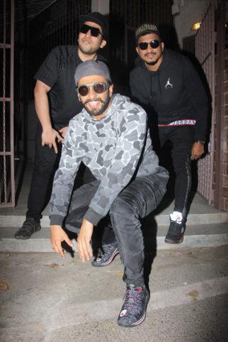 Zoya Akhtar reunites Ranveer Singh, Naezy and Divine for impromptu rap session!