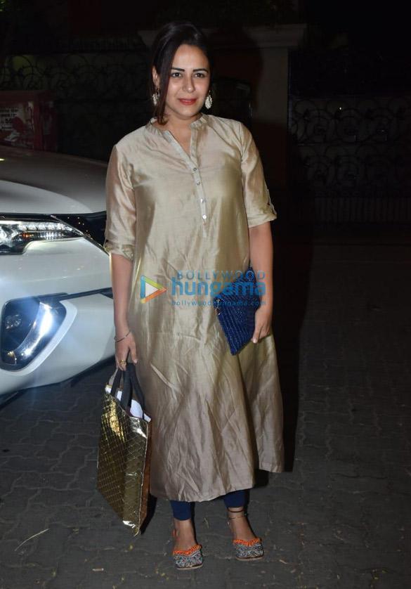 Celebs attend Ekta Kapoor's son Ravie Kapoor's naming ceremony (8)
