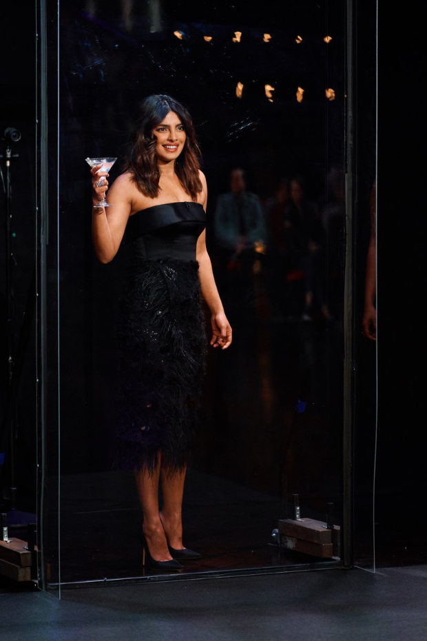 Priyanka Chopra is a pro at game of flinch, gets shocked after watching a magician's insane card tricks