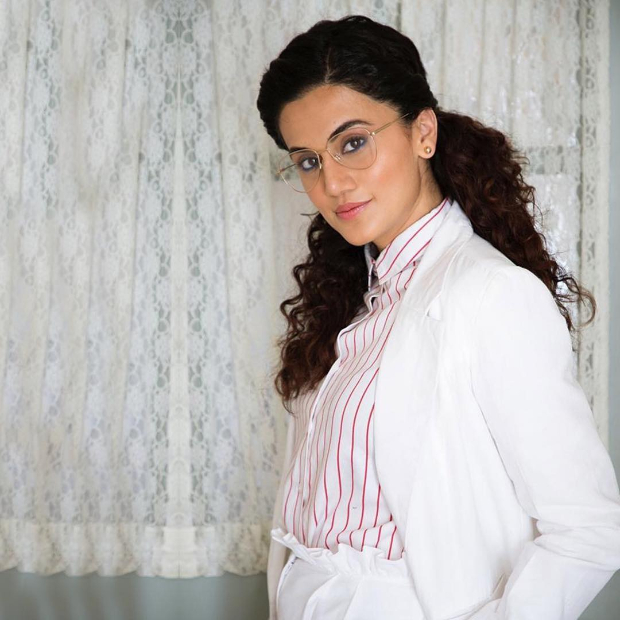 Taapsee Pannu in Urth Label for Badla promotions (5)