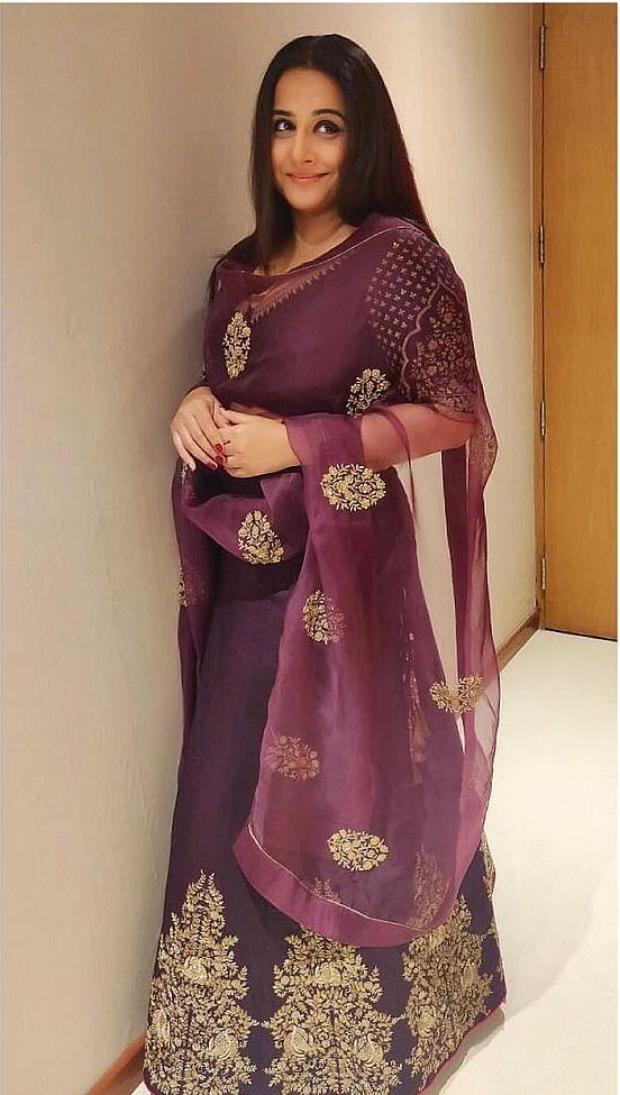 Vidya Balan in Lajjoo C ensemble for TSR TV 9 National Film Awards (3)