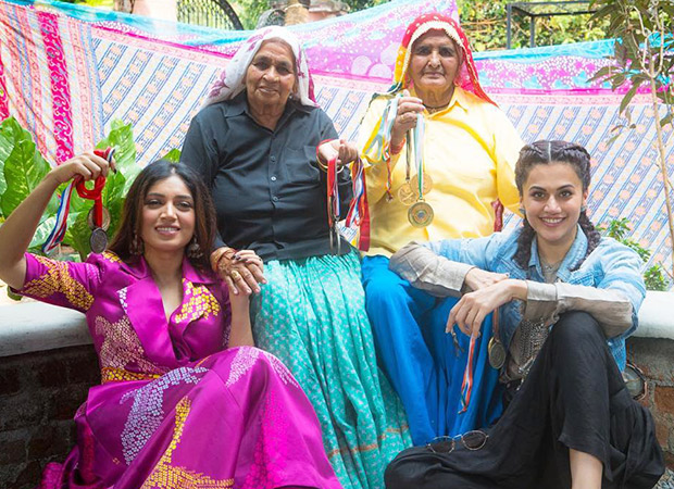 Saand Ki Aankh: Taapsee Pannu and Bhumi Pednekar wish Holi in Tomar style from the sets of this Anurag Kashyap film