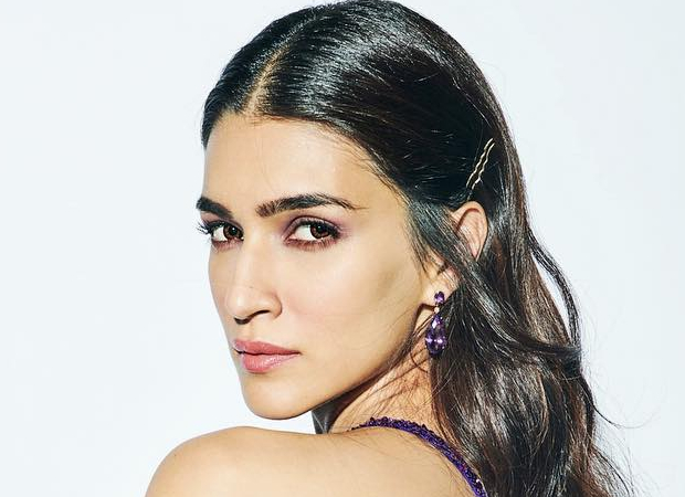 Kriti Sanon's mother is very active online and this is Kriti's take on it