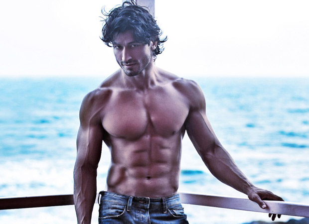Vidyut Jammwal pulls off high risk action for Junglee like it's a cakewalk