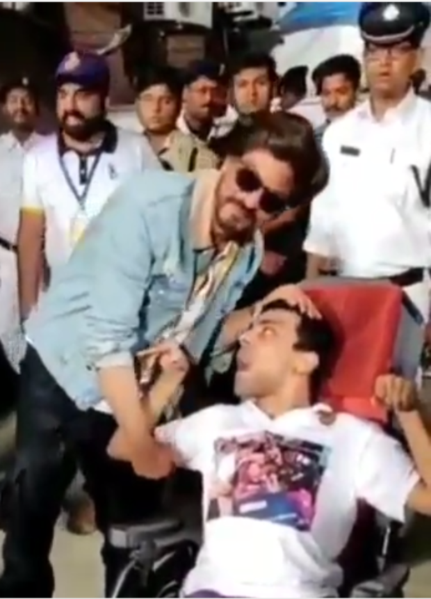 WATCH: Shah Rukh Khan gives a sweet kiss to a differently abled fan after KKR match at IPL 2019