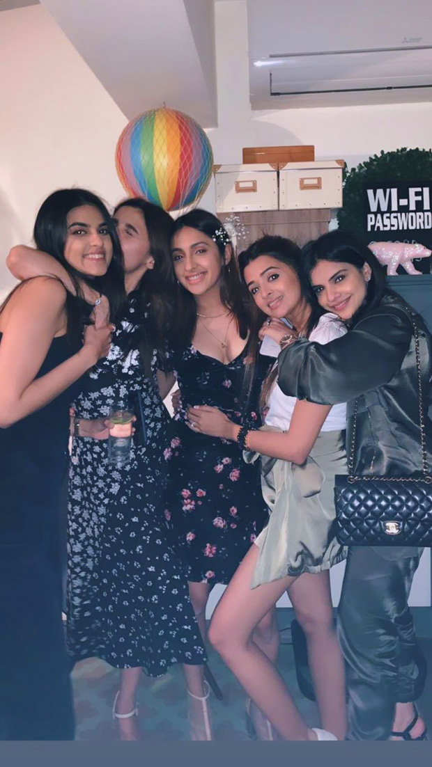 Inside Photos and Videos: Alia Bhatt rings her 26th birthday with beau Ranbir Kapoor, close friends and family
