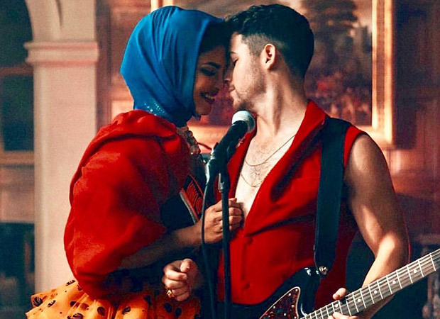 Priyanka Chopra Jonas can't stop laughing as fans dub Nick Jonas' new song to Govinda's hit number 'Meri Pant Bhi Sexy'