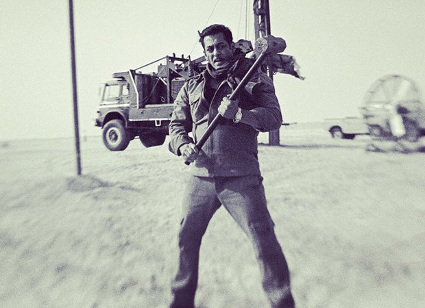 Bharat: Salman Khan Looks Dapper As He Poses At An Oil Field In The Middle East