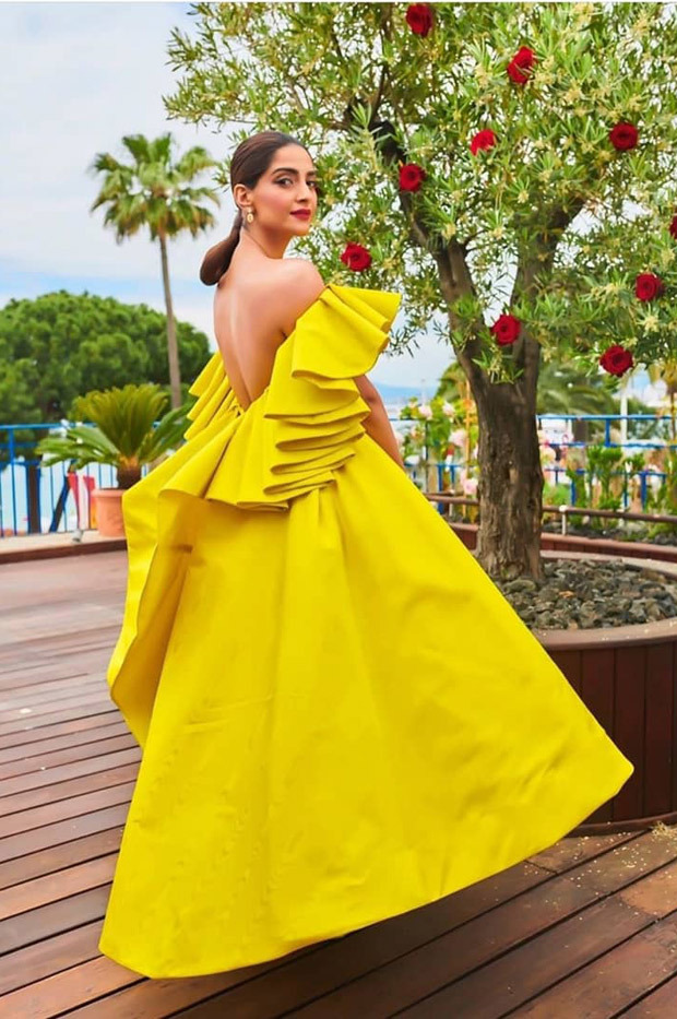 Cannes 2019 Day 6: From a ray of sunshine to a vision in white, Sonam Kapoor slays with her elegant yet powerful style