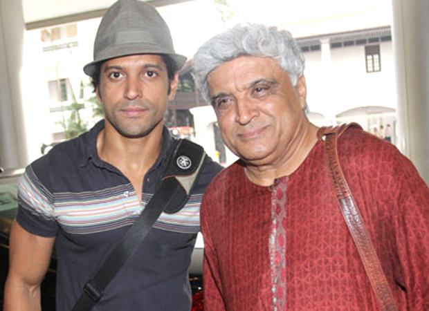 Farhan Akhtar reacts to father Javed Akhtar receiving threats for his  statement on banning 'burqa' : Bollywood News - Bollywood Hungama