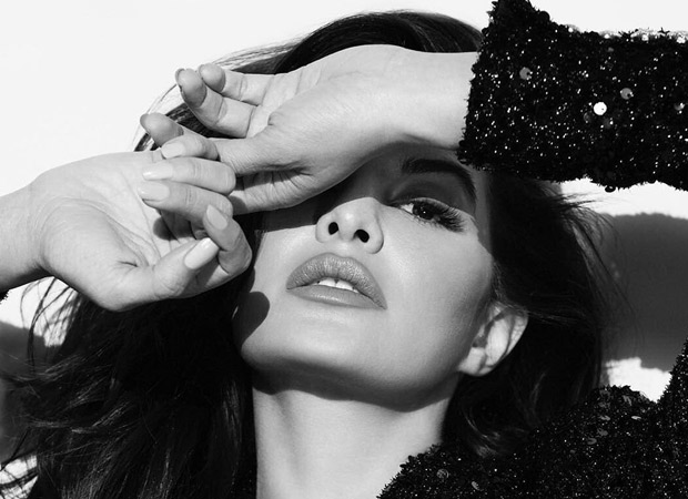 Jacqueline Fernandez proves that black and white is the new sexy with these jaw-dropping pictures!
