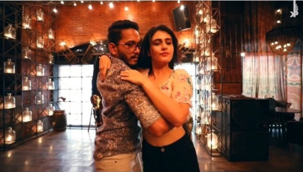 WATCH: Fatima Sana Shaikh tries BACHATA dance style for the first time on Britney Spears' Toxic and it is very sensuous