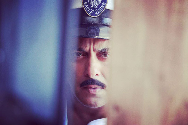 BHARAT: Ali Abbas Zafar shares this look of Salman Khan as a Navy Officer and fans can't keep calm