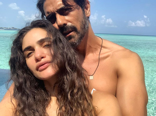 Arjun Rampal And Girlfriend Gabrielle Demetriades Take Off To Maldives For Babymoon And The Photos Are Oh-so Romantic!!!