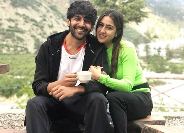 Kartik Aaryan and Sara Ali Khan pose cosily in the picturesque Himachal