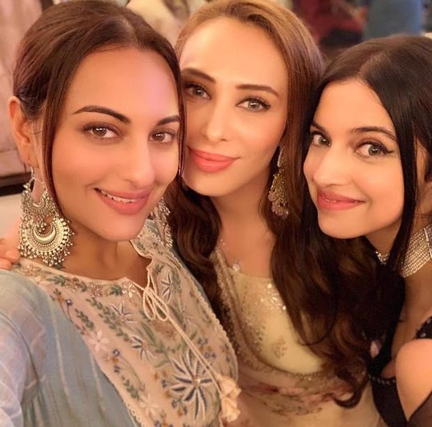 INSIDE PHOTOS: Salman Khan hosts Eid party, Sonakshi Sinha, Shatrughan Sinha, Katrina Kaif, Iulia Vantur among others attend the grand celebration